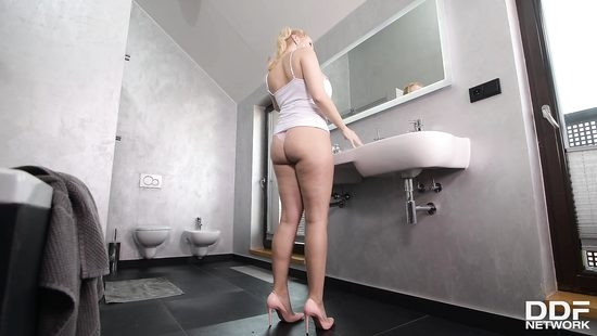 hot german alexandra fuck by two horny man in holes