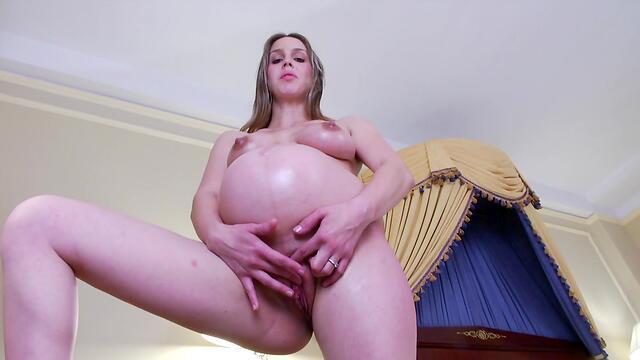 fingering pussy horny girls in bikinis