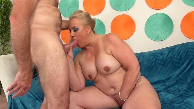 hot mature mom pleasure sex