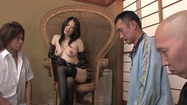 Lucy Lee banged on tight hole